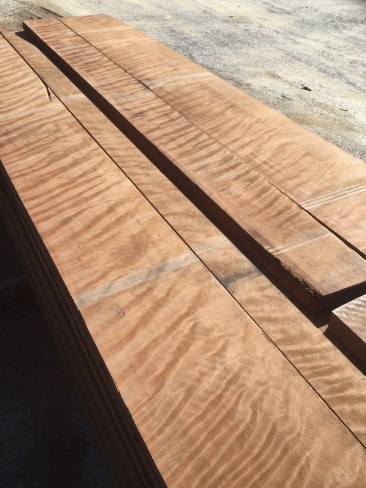8/4 figured redwood lumber