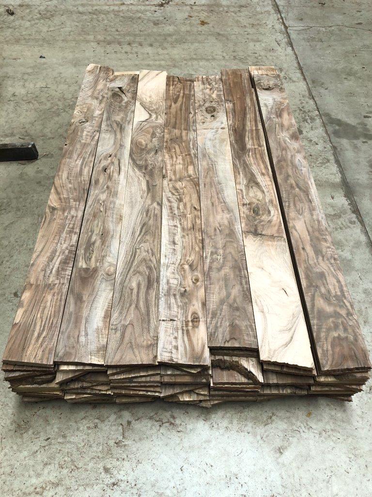 Buy Figured Claro Walnut Flooring at Hearne Hardwoods Inc.